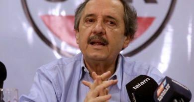 """Ricardo Alfonsín: """"Si no fuera de Cambiemos iría a la marcha"""""""