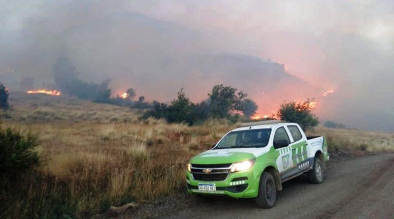 Alto Río Corinto: Brigadistas trabajan para controlar incendio