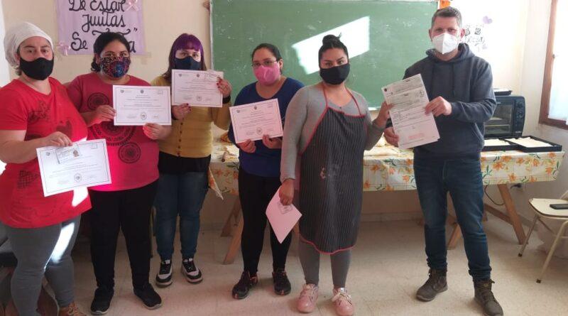 Gualjaina: mujeres organizadas en SO.CO.RE recibieron subsidio