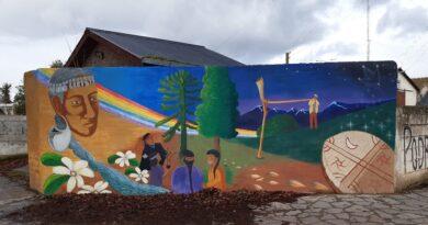 Trevelin: inauguran mural de los pueblos originarios Mapuche-Tehuelche