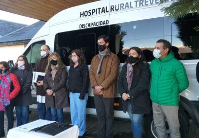 Trevelin: el Municipio entregó vehículo de transporte al Hospital